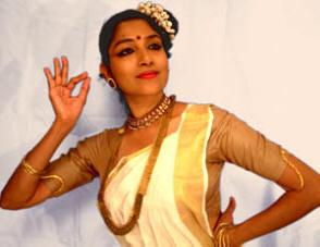 Mohiniattam Dancer